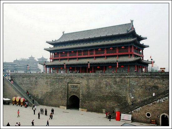 【七律】西安古城墙
