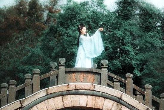泰然咏秋三十韵(21-25)